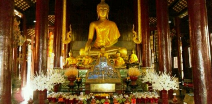 Th Buddha images